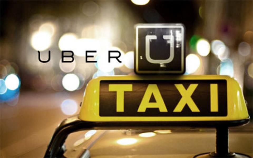 bo tai chinh khong dong y taxi truyen thong nop thue nhu grab uber
