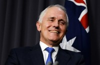 australia ty le ung ho thu tuong malcolm turnbull tang manh