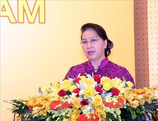 chu tich quoc hoi du le cong bo sach vang sang tao viet nam nam 2019