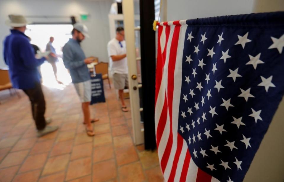"""Bầu cử giữa nhiệm kỳ tại Mỹ 2018: Cuộc """"sát hạch"""" chính trị của Donald Trump"""
