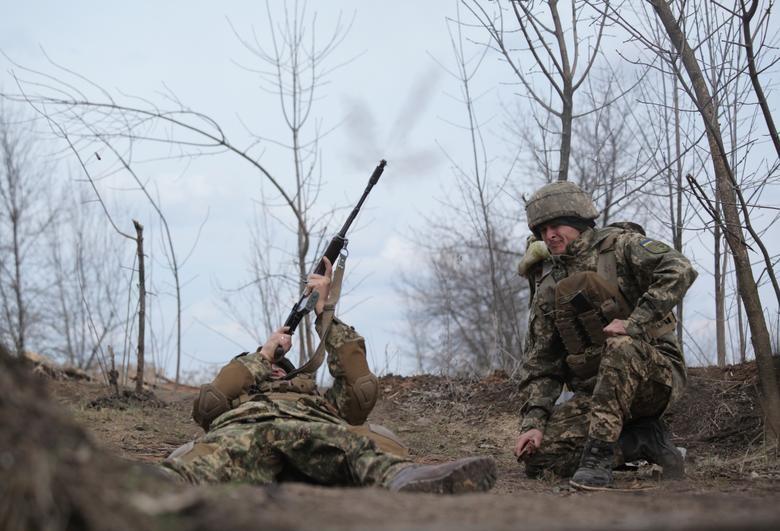 Căng thẳng Nga-Ukraine: Không khí chiến sự bao trùm miền Đông Ukraine