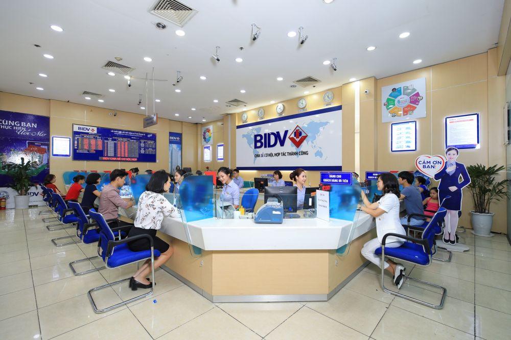 BIDV tiếp tục lọt trong top 10 doanh nghiệp lớn nhất Việt Nam