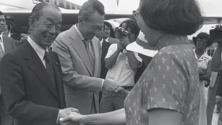 Trung Quốc mong muốn xây dựng quan hệ đối tác lâu dài trong khu vực và bài học từ Nhật Bản