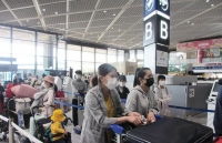 vietnamese embassy in japan coordinates to bring over 340 citizens home