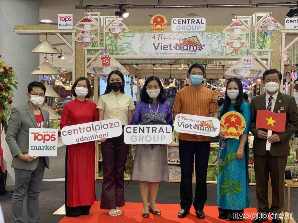 Khai mạc Tuần hàng Việt Nam tại Thái Lan nhân kỷ niệm 45 năm thiết lập quan hệ ngoại giao Việt Nam-Thái Lan