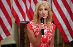 Lý do nữ cố vấn Nhà Trắng thân cận nhất với Tổng thống Trump bất ngờ từ chức