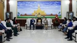 Vietnamese Ambassador Nguyen Ba Hung congratulates Laos on 45th National Day