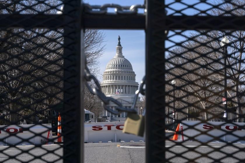 Mỹ: Diễn tập lễ nhậm chức bị gián đoạn, phong toả Quốc hội, Phó Tổng thống đắc cử Harris từ chức Thượng nghị sĩ