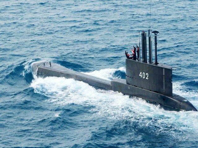 Vụ tàu ngầm Indonesia mất tích: Hé lộ mối nghi ngờ, chưa thể xác nhận tình trạng thủy thủ, Australia hỗ trợ tìm kiếm. (Nguồn: CNA)