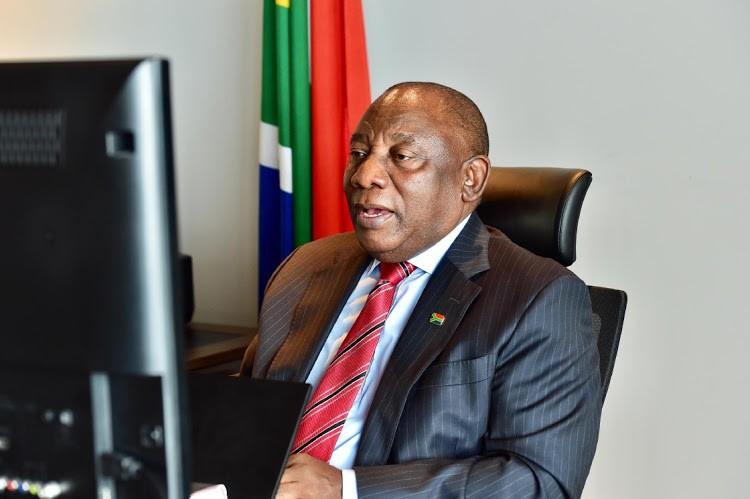 Tổng thống Nam Phi cảnh báo nạn 'phân biệt chủng tộc vaccine ngừa Covid-19'. (Nguồn: Business Live)