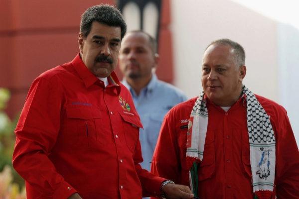 my tuyen bo dang tien hanh doi thoai voi cac quan chuc cap cao nhat venezuela