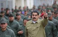 bi colombia de doa tong thong venezuela trieu tap hoi dong quoc phong