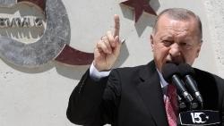 Các nước phương Tây 'dập lửa', Thổ Nhĩ Kỳ tiếp tục 'đe nẹt', Mỹ ra cam kết