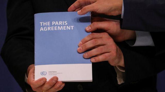 Giữa lúc bầu cử căng 'như dây đàn', Mỹ chính thức rút khỏi Hiệp định Paris về biến đổi khí hậu