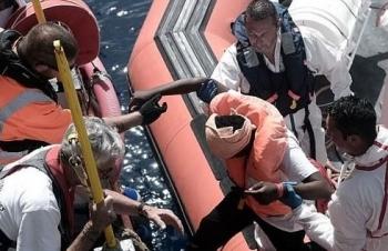 Thêm một 'tai nạn' di cư, lật thuyền khiến 12 người thiệt mạng ở Địa Trung Hải