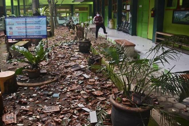 6 người thiệt mạng trong trận động đất ngoài khơi Indonesia ngày 10/4. (Nguồn: AP)