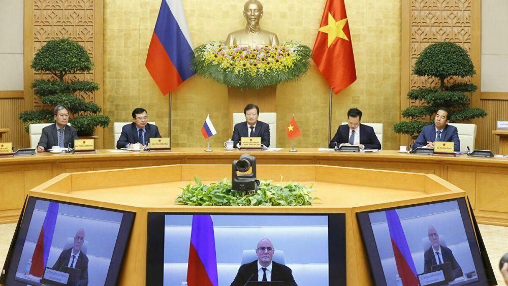 Phó Thủ tướng Trịnh Đình Dũng và Phó Thủ tướng Liên bang Nga D.N. Chernyshenko đồng Chủ tịch Ủy ban liên Chính phủ Việt - Nga, ngày 11/11. (Nguồn: VGP)
