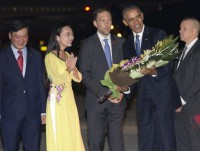 video tong thong hoa ky barack obama roi air force one
