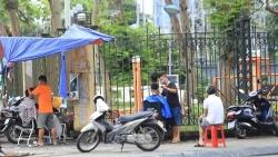 Hà Nội cho phép dịch vụ cắt tóc, gội đầu, ăn uống trong nhà mở cửa trở lại từ 0h ngày 22/6