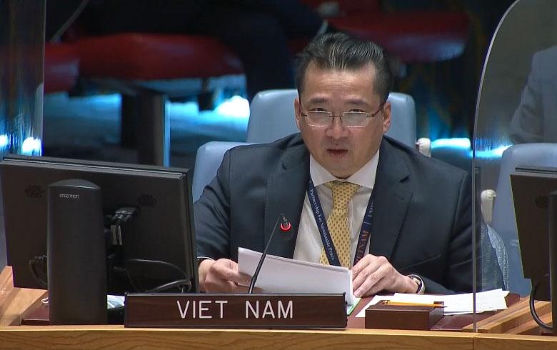 Đại sứ Phạm Hải Anh, Phó Trưởng Phái đoàn Việt Nam tại LHQ phát biểu tại cuộc họp