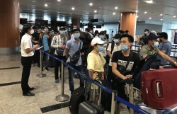 Vietnamese Embassy in Myanmar coordinated to repatriate nearly 240 citizens stranded due to COVID-19
