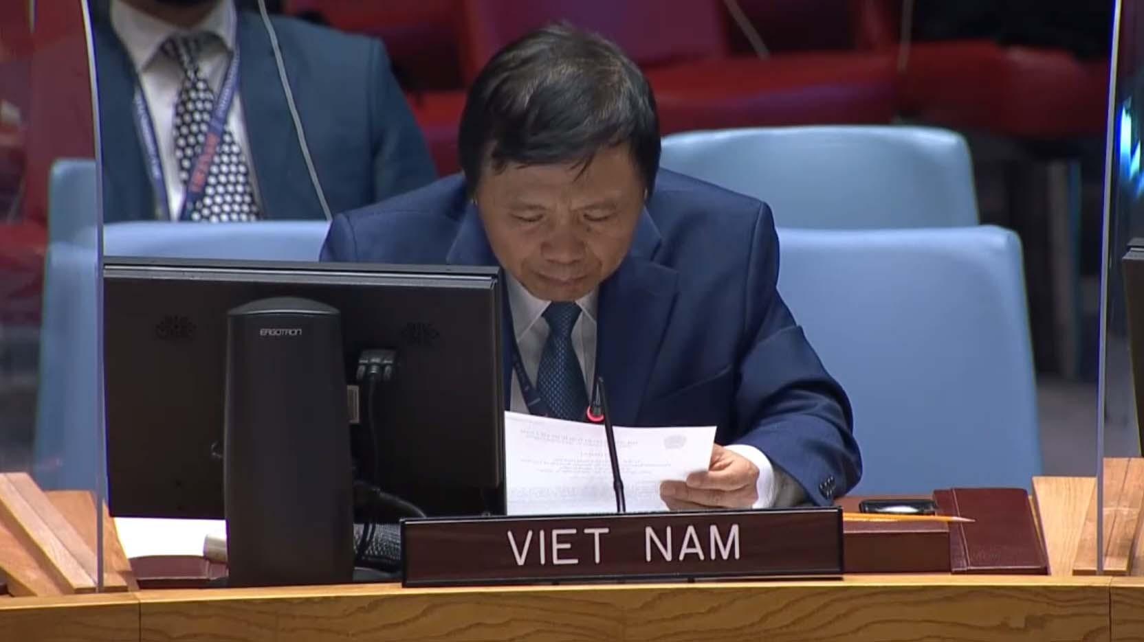 Đại sứ Đặng Đình Quý, Trưởng Phái đoàn thường trực Việt Nam tại LHQ phát biểu tại cuộc họp