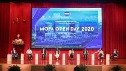 Con đường Ngoại giao-MOFA Open Day 2020: Cán bộ ngoại giao trẻ đã 'dụng võ' như thế nào?
