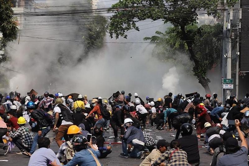Tình hình Myanmar: Đụng độ tại miền Trung, 25 người thiệt mạng
