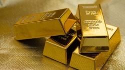 Giá vàng hôm nay 4/8: Trong nước giảm giá tạm thời, thế giới áp sát kỷ lục, chuyên gia dự đoán chất xúc tác đưa vàng lên 'đỉnh' mới