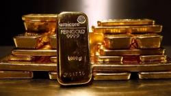 Giá vàng hôm nay 4/10: Thế giới 'ghi điểm', trong nước quanh mốc 56 triệu đồng/lượng, thị trường 'hóng' bệnh tình ông Trump