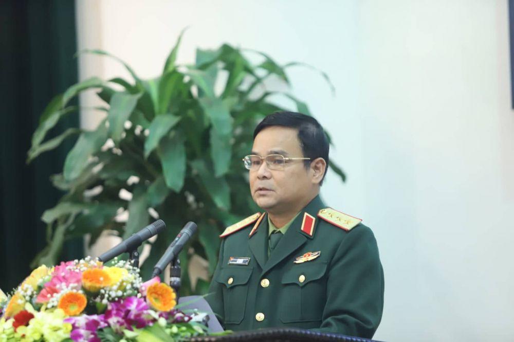 Thượng tướng Lê Chiêm, Thứ trưởng Bộ Quốc phòng, Phó Trưởng Ban Chỉ đạo quốc gia 515 phát biểu tại Hội nghị. (Ảnh: Trần Thường)