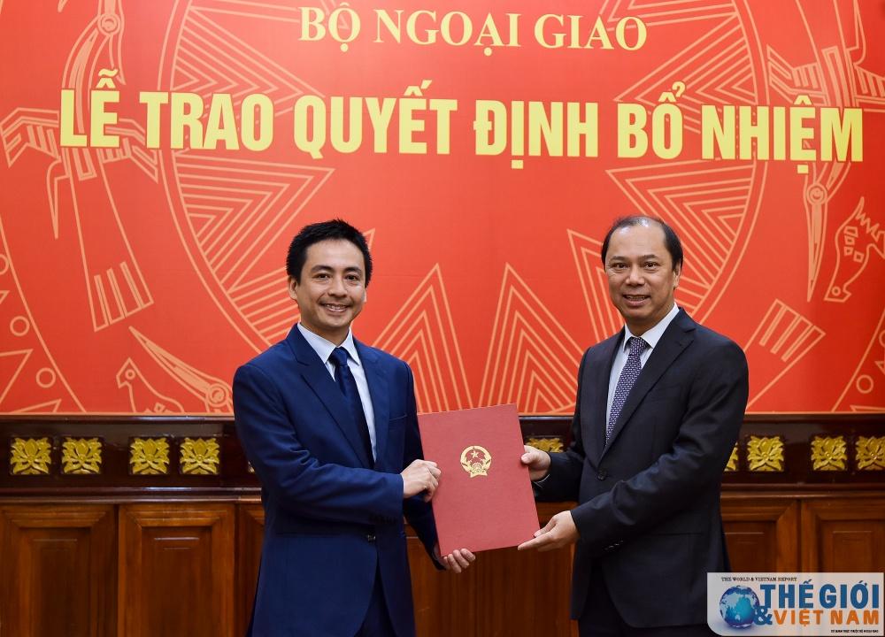 Thứ trưởng Nguyễn Quốc Dũng trao quyết định bổ nhiệm cán bộ cấp Vụ