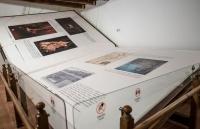 Tìm hiểu quy trình tạo nên cuốn sách làm thủ công lớn nhất thế giới, nặng 1,4 tấn