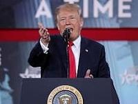 Tổng thống Trump đột ngột chỉ trích chi tiêu quân sự của Mỹ, Trung, Nga là lãng phí