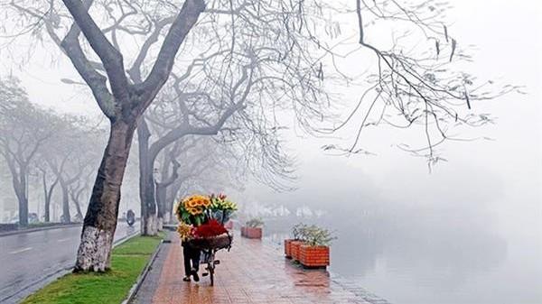Dự báo thời tiết 10 ngày tới (9-18/4): Hà Nội mưa rải rác, Miền Bắc có mưa rào và dông nhiều nơi; Nam Bộ ngày nắng, có nơi nắng nóng