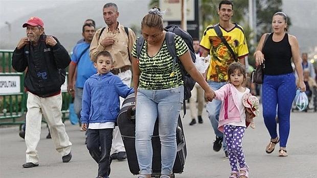 peru cap thi thuc nhan dao mien phi cho cong dan venezuela