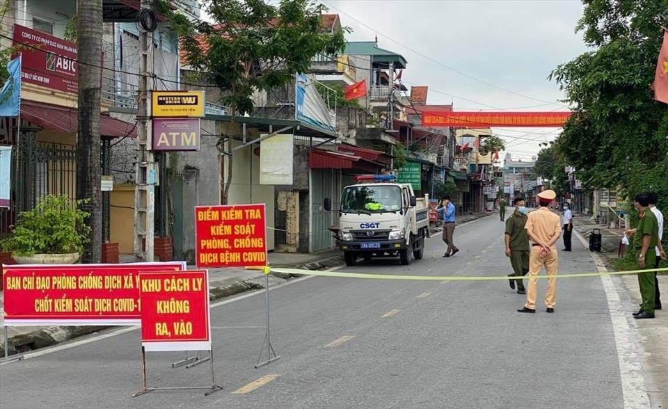 Covid-19 ở Việt Nam: Thông tin về 3 ca tử vong mới; Bà Rịa - Vũng Tàu thêm 3 bệnh nhân là tiểu thương