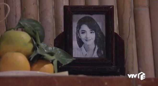 Cùng cư dân mạng hài hước 'nhặt sạn' phim 'Hương vị tình thân' từ phần 1 sang phần 2