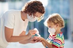 Mũi trẻ em có nhiều virus corona gấp 100 lần người lớn