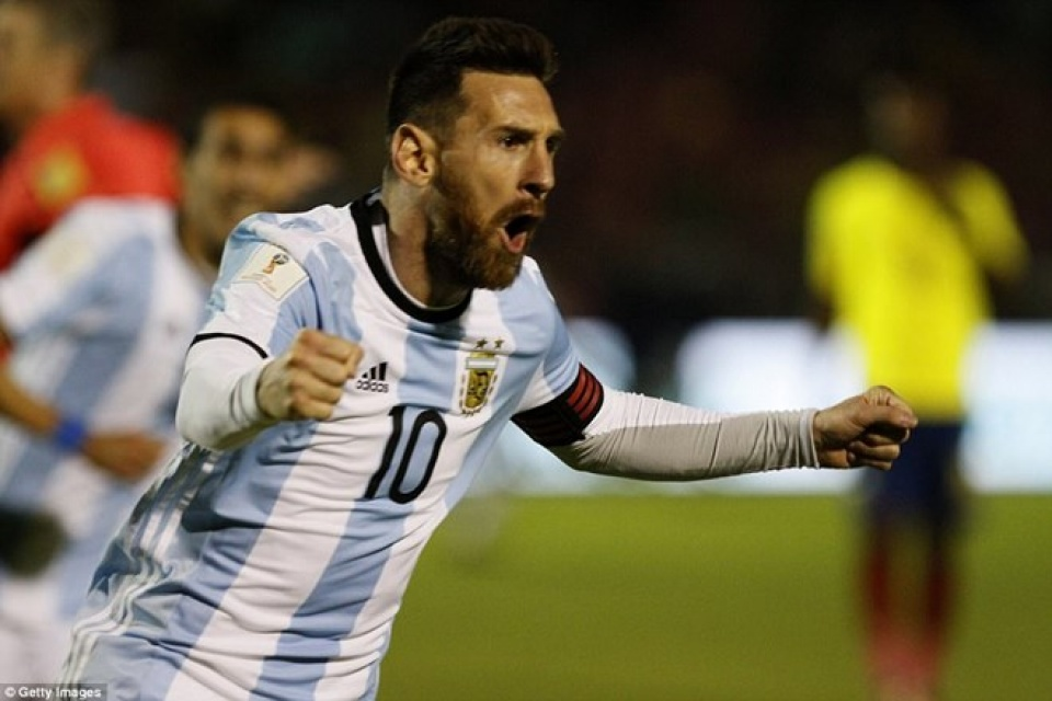 messi lap hat trick dua argentina vao vong chung ket world cup 2018