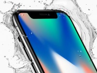 apple tung chieu khoe man hinh oled tren iphone x