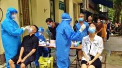Covid-19 sáng 10/10: Số ca mắc mới và tử vong giảm rõ rệt; Chống dịch vẫn là nhiệm vụ trọng tâm; Lộ trình ngừng các bệnh viện dã chiến ở TP. HCM