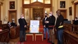 Người Việt được quan chức Bỉ ca ngợi vì đóng góp chống dịch Covid-19