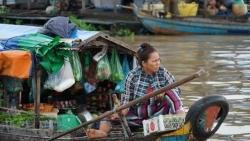 Gây quỹ từ thiện ủng hộ người gốc Việt trên Biển Hồ Campuchia
