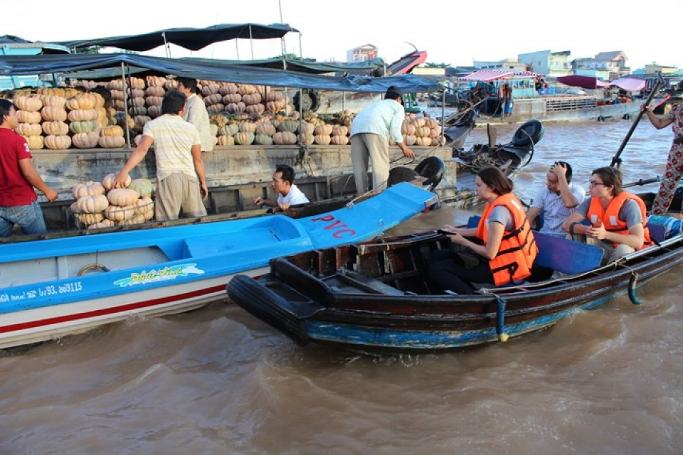 a day out at cai rang floating market in can tho