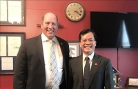 vietnamese ambassador us congressman discuss cooperation spheres