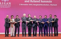 pm nguyen xuan phuc attends opening ceremony of 35th asean summit