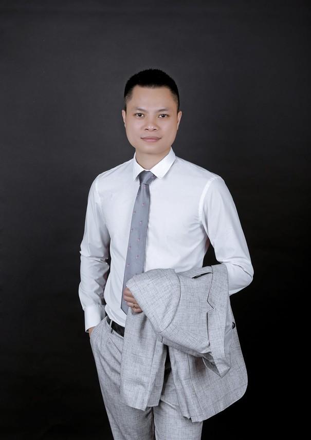 Phạm Văn Chiến: Ông chủ vườn ươm lan đột biến giá trị khủng