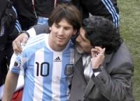 mon qua y nghia cua maradona danh cho nguoi ngheo chat vat chong dich covid 19