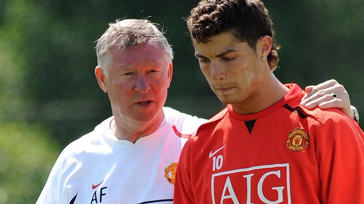 tiet lo ly do sir alex suyt ban sieu sao c ronaldo cho barcelona